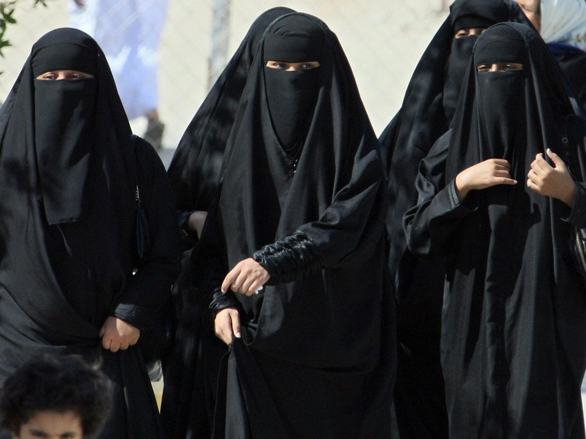 Niqab egypt playing big dick and cum milk eating