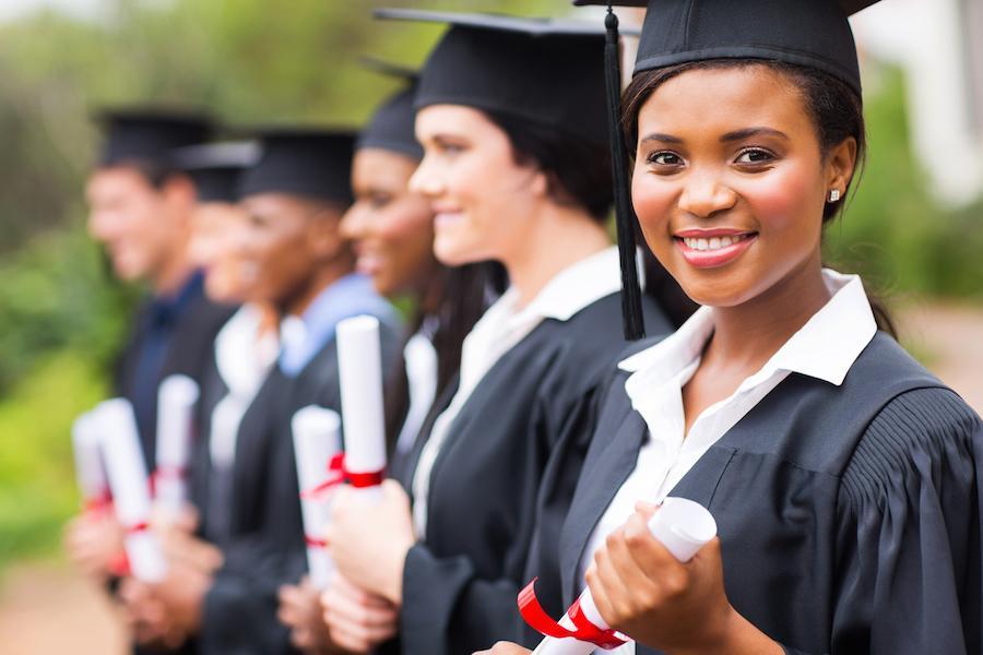 Scholars Support the Idea of 'Women's Universities'