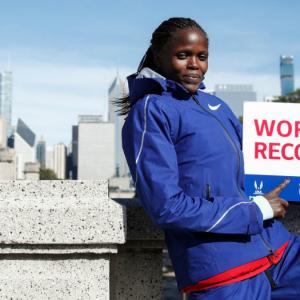 Women's Marathon World Record Holder to Defend Title