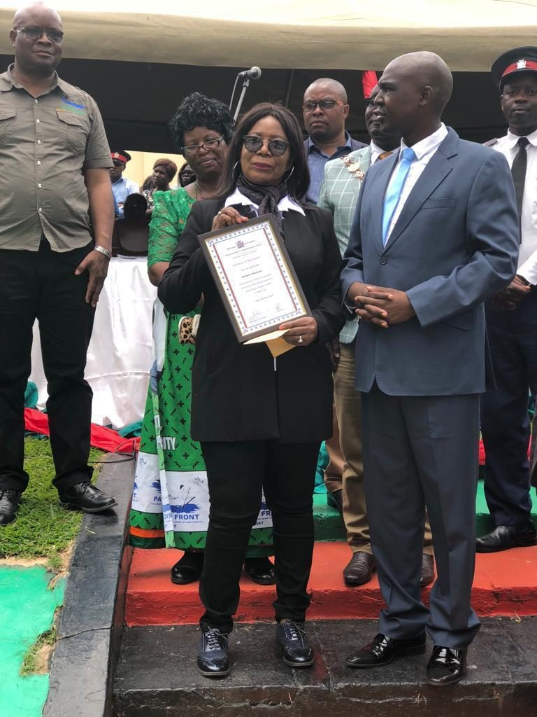 Dr Elizabeth Nkumbula Receives Award of Excellence