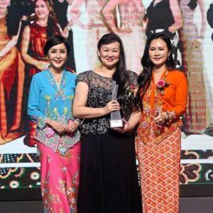 SMG's Esther Ng Emerged the Winner of Asian Women Entrepreneurs Award