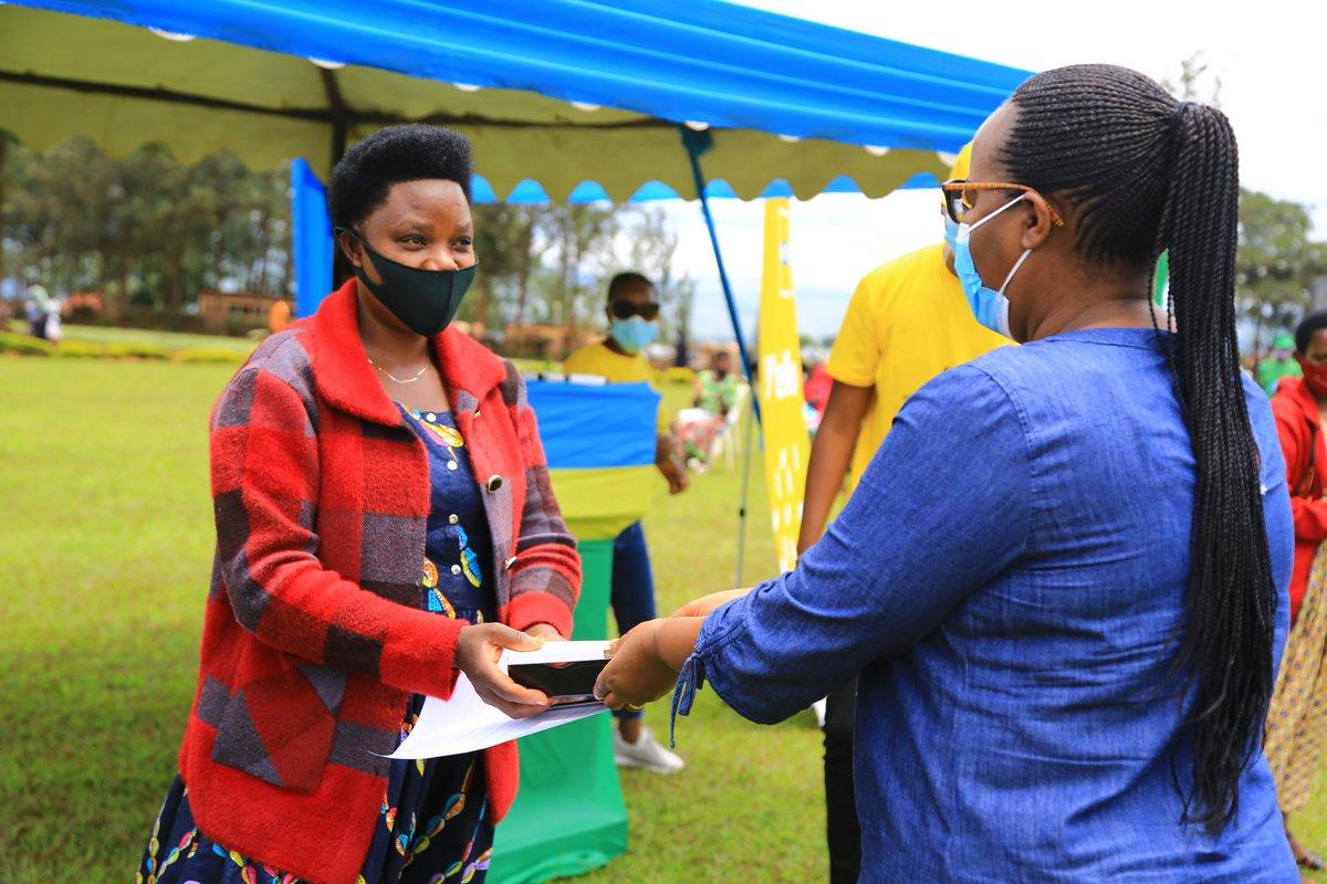 Rwanda: Ministry of ICT Empower 3000 Women Farmer with Smartphones